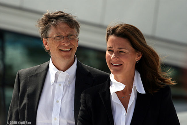 gates Bill_og_Melinda_Gates_smaller_w_Copyright