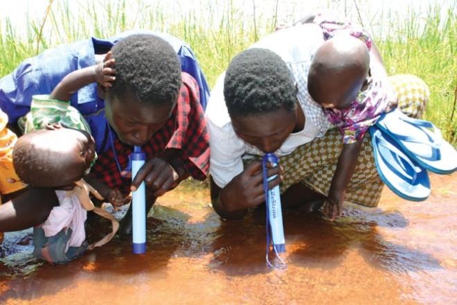 alice LifeStraw-in-Third-World-Countries-670x447