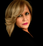 Susan Price image-3