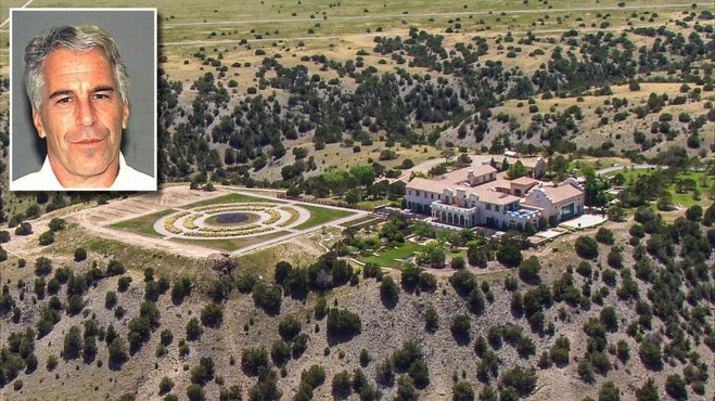 maxewell News1-MAIN-epstein-mansion-2019-new-mexico-Credit-KRQE